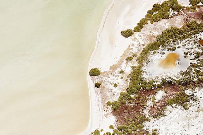 Живописные ландшафты на аэрофотографиях Brooke Holm