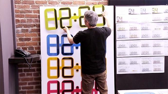 Модель ClockOne – электронные цифровые часы Twelve24