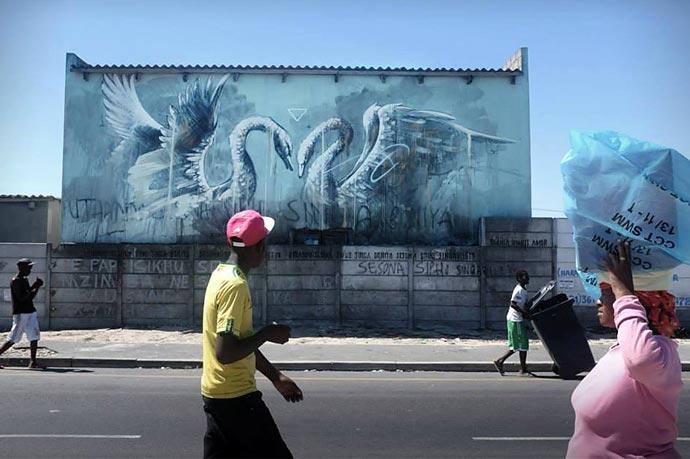 Работы Faith47 на улицах Лондона и Кейптауна
