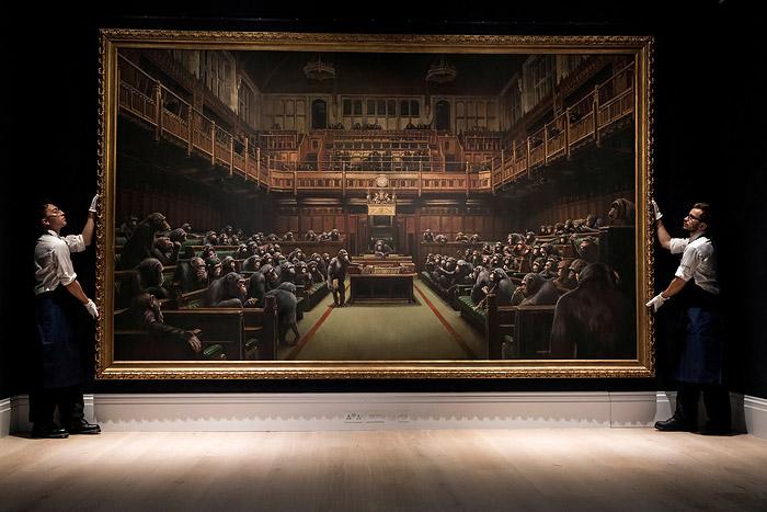 «Devolved Parliament» Бэнкси на аукционе