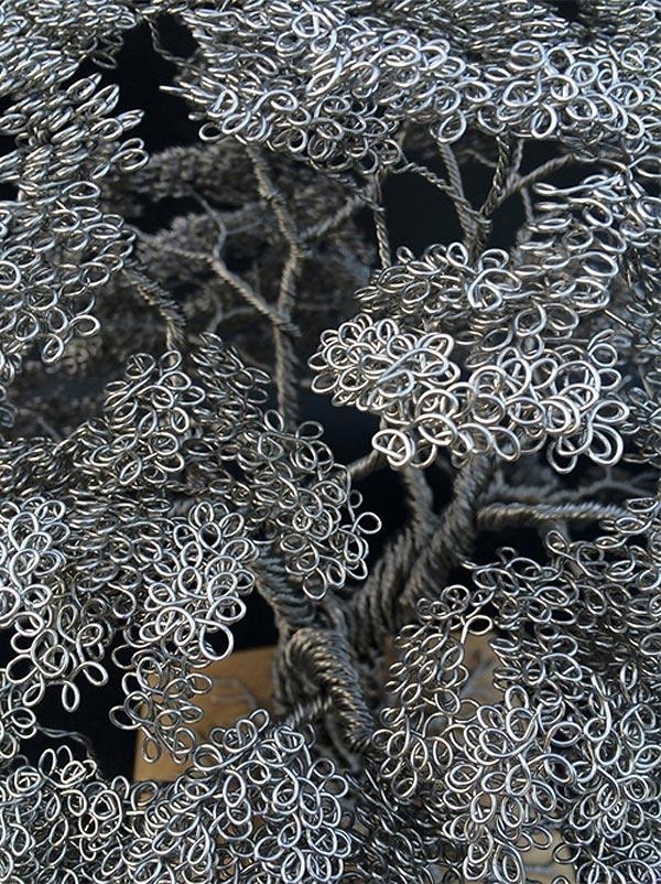 Деревья, сплетённые из металлической проволоки скульптора Клайва Мэдисона