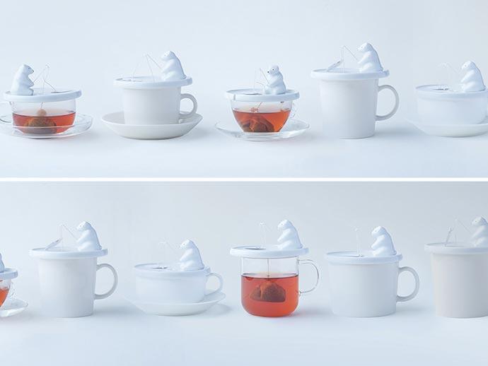 Чайный набор может использоваться с чашками и стаканами различного диаметра