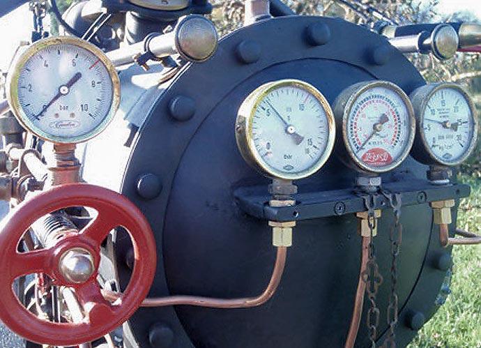 Паровой мотоцикл Black Pearl (Черная Жемчужина) изготовленный Revatu Customs