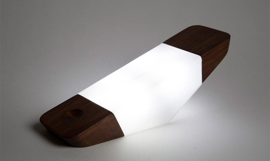 Легким движением руки : Светильник-призма Nicholas Baker
