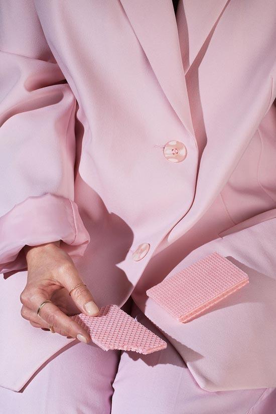 Серия «Wardrobe Snacks» фотографа Kelsey McClellan и стилиста Michelle Maguire