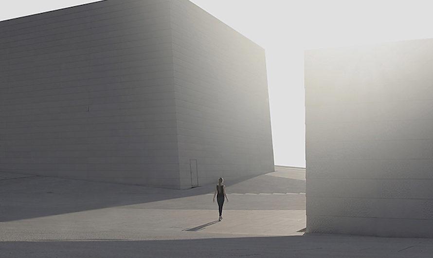 Сам по себе : Человек в пространстве на фотографиях Pawel Franik