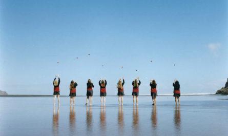 «Assembly» японского фотографа Осаму Йоконами