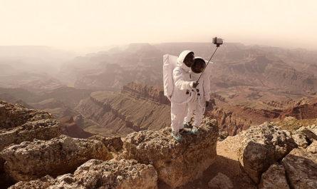 «Greetings From Mars». Привет с Марса фотографа Julien Mauve